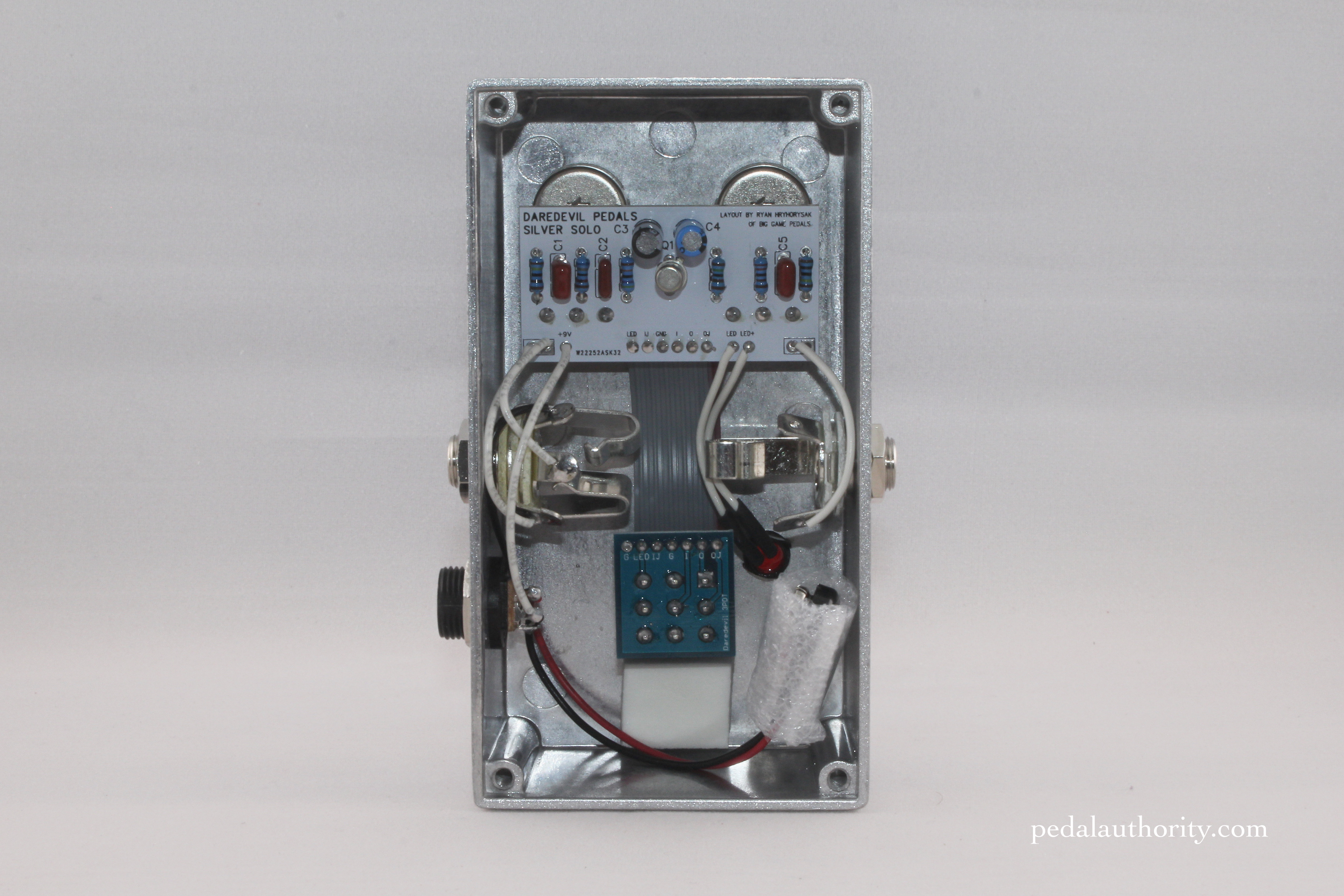 Review Daredevil Silver Solo Treble Booster Pedal Authority Re Vero Wah Circuit Features